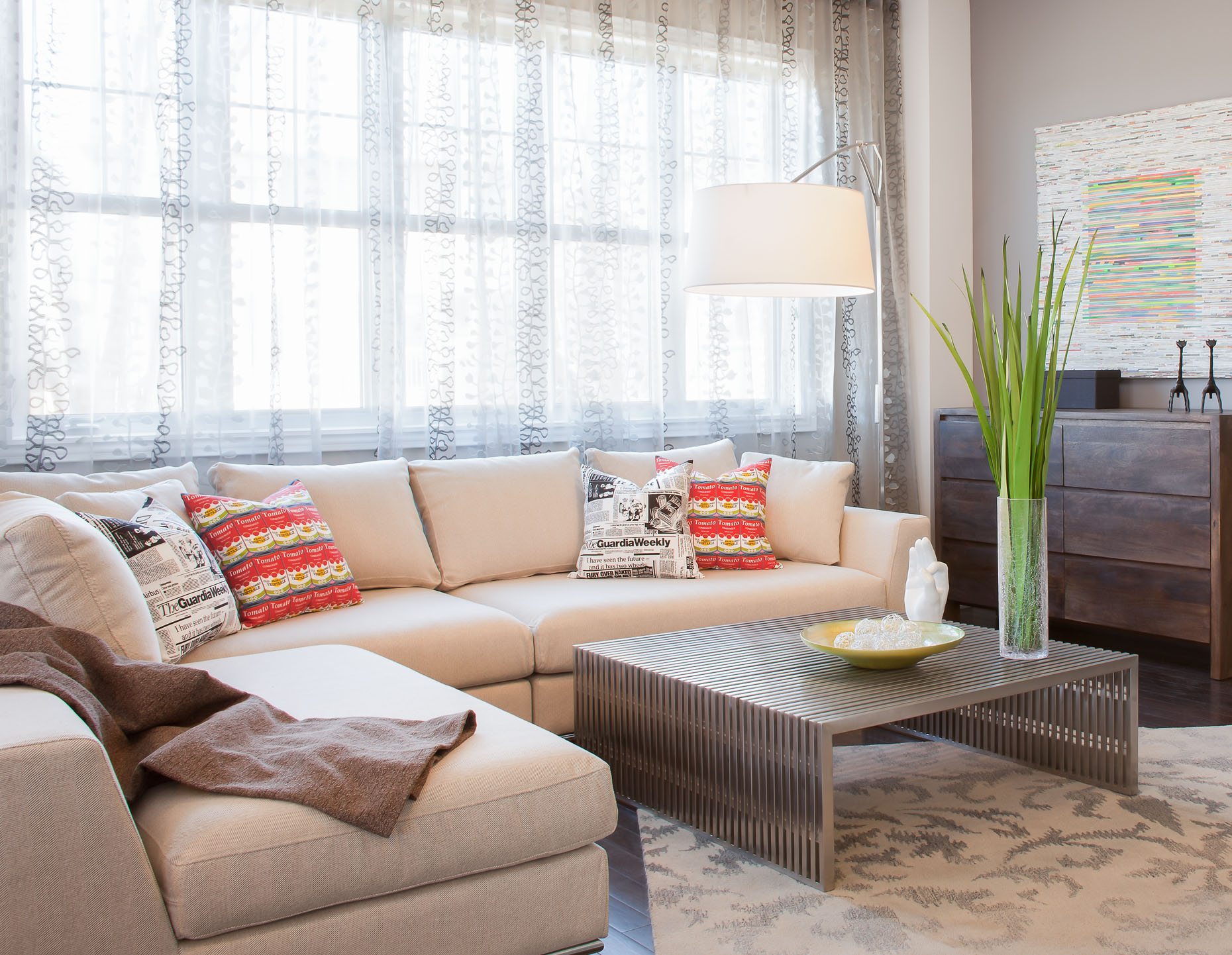 Geranium Homes Model Home Living Room in Stouffville